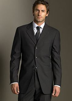 The latest and the best in suits for Italian men Armani Suits, Armani Men, Giorgio Armani, Sharp Dressed Man, Well Dressed Men, Fashion Moda, Mens Fashion, Fashion Suits, Fashion Trends