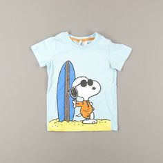 Camiseta Snoopy talla 12 meses http://www.quiquilo.es/catalogo-ropa-segunda-mano/camiseta-manga-corta-snoopy-surf-color-azul-de-la-marca-hm.html