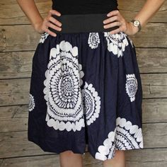 Make this fun summer skirt in an afternoon. Easy sewing tutorial. (With pockets)