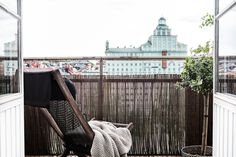 Atlasmuren 16 Stockholm balcony view green nature brown beige takåsar roof tops heaven fantastic frank