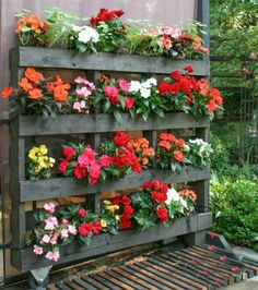 Gardening Flowers 43 Gorgeous DIY Pallet Garden Ideas to Upcycle Your Wooden Pallets - Need a cheap garden bed or planter that can be used either for vertical and horizontal gardening, but still looks good? Try these 43 pallet garden ideas.