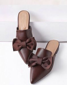 Shop Brown Point Toe Bow Detail Slip On Flats online. SheIn offers Brown Point Toe Bow Detail Slip On Flats & more to fit your fashionable needs. Mules Shoes, Shoes Sandals, Flats, Heels, Flat Sandals, Pretty Shoes, Beautiful Shoes, Brown Slip On Shoes, Brown Leather Sneakers