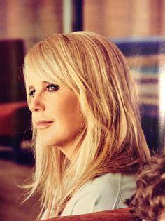 Beautiful !!!!! <3 Linda de Mol  My Dutch Idol !!!
