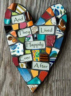 Whimsical Mosaic Heart with personalized by PeaceByPiece ( for words decoupage printed text onto glass ) Mosaic Diy, Mosaic Garden, Mosaic Crafts, Mosaic Projects, Mosaic Glass, Mosaic Tiles, Glass Art, Art Projects, Stained Glass