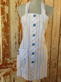Reconstructed Apron made from a Man's Dress Shirt LOVE THE BIG BUTTONS