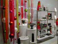 Simple. Effective. Colorful Christmas - LOVE THE RIBBON -Visual Merchandising Display