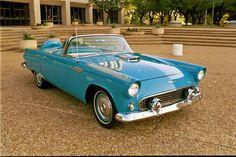 Super-sweet peacock-blue '56 Ford Thunderbird