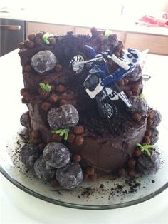 Sugar: Dirtbike Cake More