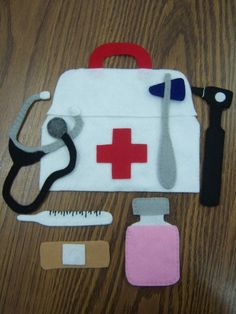 Felt doctor bag - what a great idea for a quiet book!