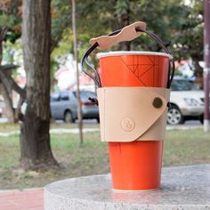 """""""our earth, shouldn't be installed by plastic bags"""" Mug Holder, Drink Holder, Coffee To Go, Coffee Cups, Coffee Sleeve, Leather Projects, Cupping Set, Leather Accessories, Mug Cup"""