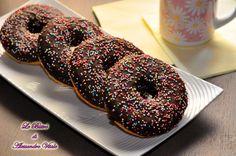 Direttamente dai Simpson, la ricetta per i buonissimi e bellissimi Donuts. Appena fatti sono pura lussuria, provare per credere... Parola di Homer Simpson!!