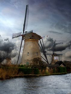 Dutch windmills in Holland, The Netherlands. ;) #greetingsfromnl