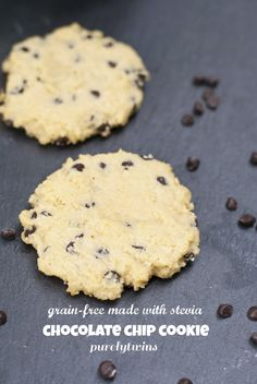 Gluten-free and stevia-sweetened (with built-in portion control -- you can make just one or two cookies at a time). If you're going to splurge on chocolate this is a pretty healthy way to do it! Stevia Desserts, Stevia Recipes, Sugar Free Desserts, Sugar Free Recipes, Almond Recipes, Low Carb Desserts, Low Carb Recipes, Cooking Recipes, Healthy Recipes