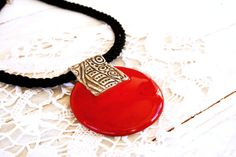 Red ceramic necklace Red ceramic pendant Ceramic di SaidartCeramic