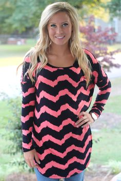 What a Feeling Tunic: Coral/Navy - Off the Racks Boutique