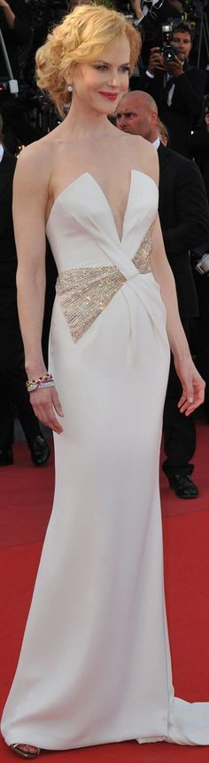 Nicole Kidman in Giorgio Armani gown #white Beautifuls.com Members VIP Fashion Club 40-80% Off Luxury Fashion Brands