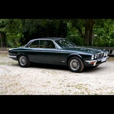 Classic Car News Pics And Videos From Around The World My Dream Car, Dream Cars, Jaguar Xj12, Jaguar Cars, Convertible, Classic Cars British, Jaguar Daimler, Automobile, Car Camper