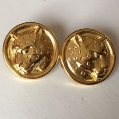 Round shape gold plated Panther design earrings with push backs. Lot 51