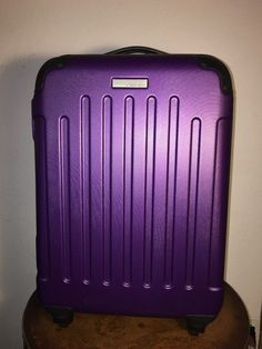"Calvin Klein 22 5"" Purple Hardside Spinner Suitcase 