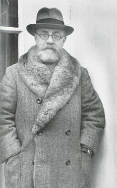 Matisse arriving in New York City on the S. S. Mauretania, December 15, 1930.