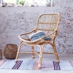 Un fauteuil en rotin, Tikamoon - Marie Claire Maison