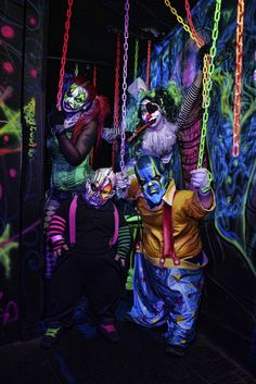 World-Renowned Haunted Attraction Fright Dome Las Vegas Celebrates Anniversary Halloween Clown, Creepy Halloween Props, Halloween Karneval, Halloween Door Decorations, Creepy Clown, Halloween Haunted Houses, Spirit Halloween, Halloween 2020, Halloween Ideas
