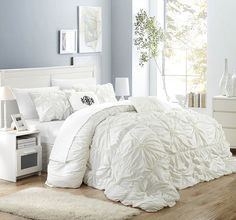 Chic Home Halpert 6 Piece Comforter Set Floral Pinch Pleated Ruffled Designer Embellished Bedding with Bed Skirt and Decorative Pillows Shams Included, Queen White Bed Sets, Shabby Chic Bedrooms, Shabby Chic Furniture, White Bedrooms, Camas King, Floral Comforter, White Ruffle Comforter, Queen Comforter Sets, Furniture