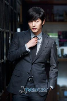 Lee Jun-ki: On army, acting, and Arang » Dramabeans » Deconstructing korean dramas and kpop culture