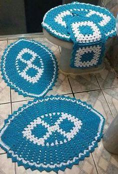 Lovely striped blanket with white between - DiyForYou Crochet Home, Diy Crochet, Crochet Crafts, Crochet Doilies, Crochet Projects, Spiral Crochet, Granny Square Crochet Pattern, Crochet Blanket Patterns, Crochet Organizer