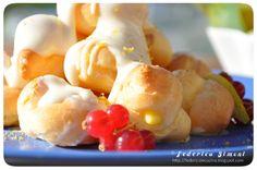 La cucina di Federica: Profiterole con crema al limone e glassa al cioccolato bianco