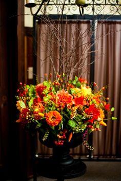 Fall or Thanksgiving floral arrangement via Francoise Weeks...