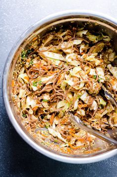 Healthy Ramen Noodle Salad Recipe with chicken, cabbage, avocado, crispy whole wheat spaghetti and homemade Asian dressing. Chinese food made at home healthy, quick and tasty. | ifoodreal.com @mysimpletruth @krogerco #ad