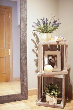 Dröm Living: Especialistas en reformas integrales e Interiorismo en Barcelona Entryway Tables, Barcelona, Live, Furniture, Home Decor, Hotels, Restaurants, Hall, Interiors