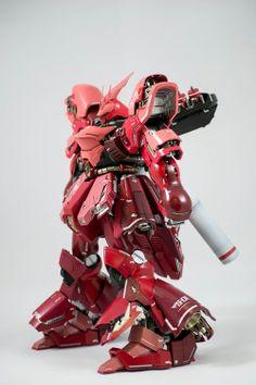 MG 1/100 Sazabi Ver.Ka: Modeled by Neilispowerwolf