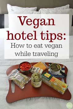 Vegan hotel tips & how to eat vegan while traveling. Ideas for breakfast, lunch & dinner to keep you full while on the road (including a bed picnic! Vegan Recipes Easy, Whole Food Recipes, Vegetarian Recipes, Snack Recipes, Vegan Blogs, Free Recipes, Dessert Recipes, Tips For Going Vegan, How To Make Sandwich