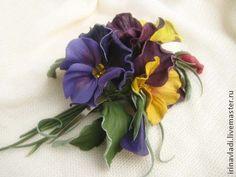 Цветы из кожи. Брошь заколка АНЮТИНЫ ГЛАЗКИ . - натуральная кожа,цветы из кожи