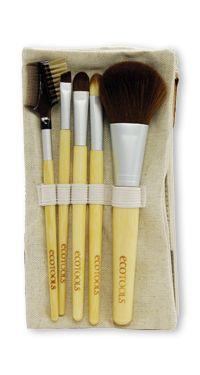 EcoTools Bamboo 6 Piece Brush Set    Set Includes:    Blush Brush  Eye Shading Brush  Angled Eyeliner Brush  Concealer Brush  Lash & Brow Groomer  Hemp & Cotton Case (Room for both brushes & makeup essentials!)