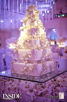 Glamorous Wedding Cake Table Ideas for Spectacular Wedding Decor- A young man and young woman will be so busy to prepare their big day, wedding. There are numerous things to prepare before a wedding including the sui. Big Wedding Cakes, Square Wedding Cakes, Amazing Wedding Cakes, Elegant Wedding Cakes, Wedding Cake Designs, Wedding Cake Toppers, Extravagant Wedding Cakes, Luxury Wedding Cake, Elegant Cakes