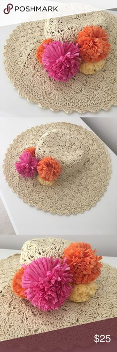 MUDPIE STRAW HAT WITH FLOWERS 🌺 In perfect condition, this beautiful hat will make any outfit a 10! 🌺🌴🌸 Mudpie Accessories Hats
