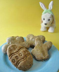 Chicken Liver & Green Bean Dog Biscuits http://www.dogtipper.com/recipes/2012/04/recipe-chicken-liver-green-bean-dog-biscuits.html