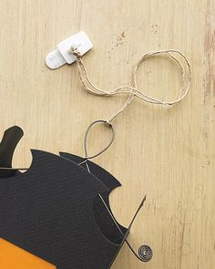 Hanging Vellum Halloween Lanterns How-To