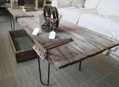 15 inspirations to recycle an old door 15 inspirations pour recycler une porte ancienne - Door Old Tables, Wooden Doors, Coffee Table Design, Table, Wooden Doors Repurposed, Door Table, Rustic Coffee Tables, Door Coffee Tables, Barn Door Decor