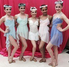 New group dance 'Amazing Grace'