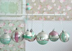 DIY Vintage inspired baubles