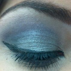 Purple daytime Smokey eye eyeshadow makeup