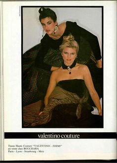 1979 Christie Brinkley and Janice Dickinson Janice Dickinson, Christie Brinkley, Valentino Couture, Vogue, Princess Caroline, Vintage Models, Cosmopolitan, Really Cool Stuff, Supermodels