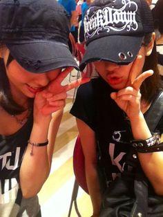 藤江れいなオフィシャルブログ : 夫婦で http://ameblo.jp/reina-fujie/entry-11317638721.html
