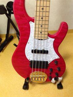 Lakland Tetsuya Signature   31jt Bass Guitars, Music Stuff, Exotic, Music Instruments, Musical Instruments