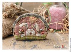 """Купить Кошелечек или монетница """"Весенний зайчик"""". - рисунок, розовый, ольга абакумова, кошелек, весна"""