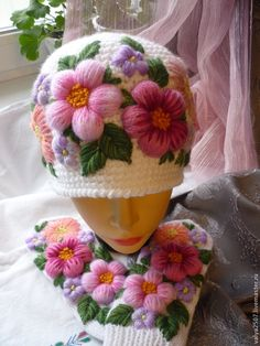"""Buy Mittens and a hat with embroidery """"Set-flower mood"""" in the online store at the Fair of Masters Wool Embroidery, Silk Ribbon Embroidery, Embroidery Stitches, Knit Mittens, Knitted Hats, Crochet Hats, Sombrero A Crochet, Knitting Patterns, Crochet Patterns"""